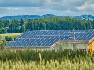 7 avantages des panneaux solaires pour votre maison